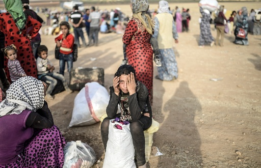 シリアのクルド人、24時間で7万人がトルコに避難 UNHCR発表