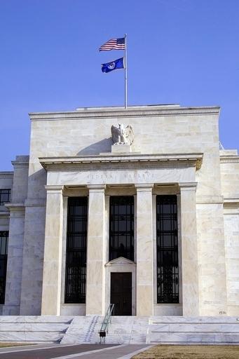 景気悪化に備えた「資本緩衝」を、米銀ストレステストでFRB