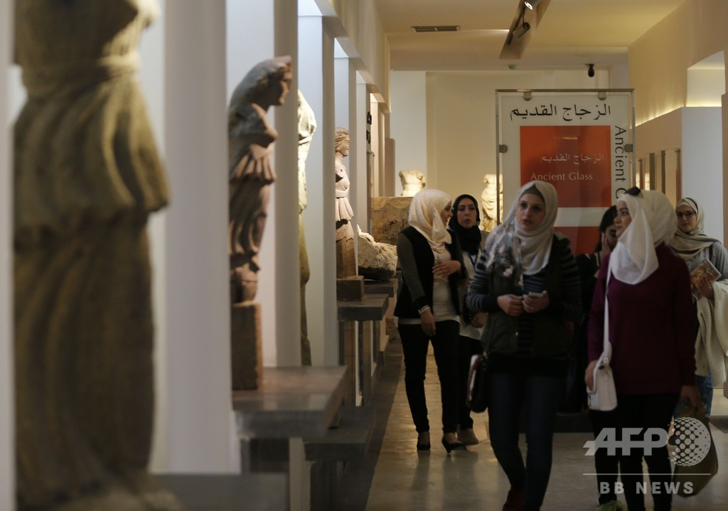 シリア首都の国立博物館、6年ぶり開館  ISが破壊の像も修復し公開