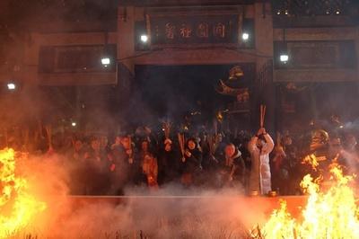 春節到来、中国各地で「豚年」の幕開け祝う