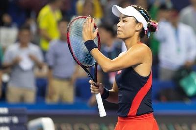 王薔が「奇跡」の決勝進出、ムグルサに圧勝 WTAエリート・トロフィー