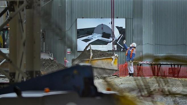 字幕:チェルノブイリの新シェルター、次世代の安全確保を目指す