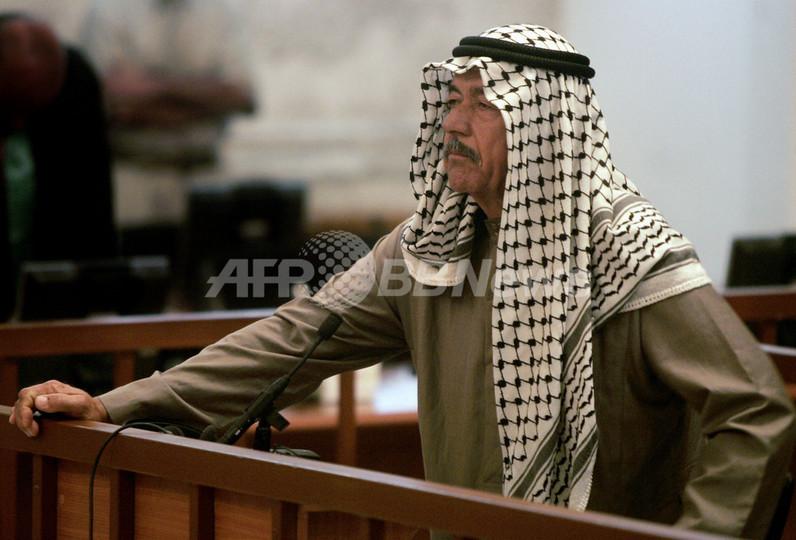 「ケミカル・アリが息子を投げ落として殺害」、シーア派大量虐殺事件公判
