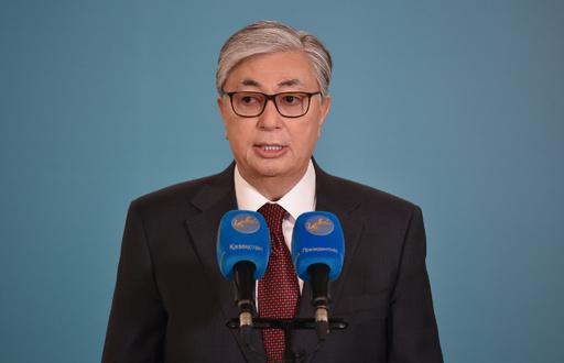 カザフ大統領選、現職トカエフ氏が圧勝 7割以上得票