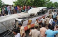 建設中の高架道路が崩落、18人死亡 インド北部バラナシ