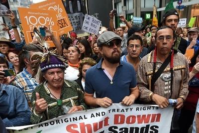 世界各地で気候変動対策求めデモ、著名人らも参加