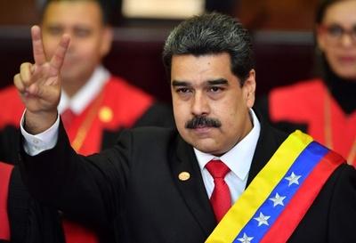ベネズエラ大統領が2期目就任 周辺諸国は反発