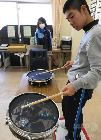特別支援学校の授業に電子楽器、音楽の多様性を