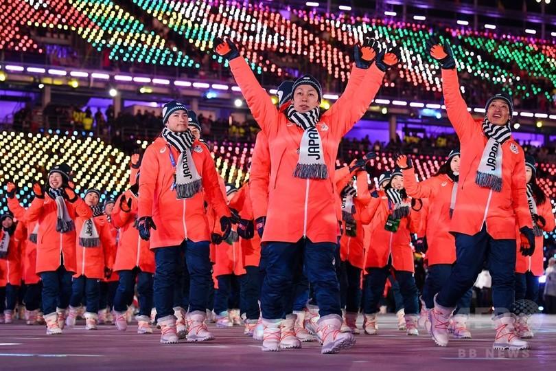 日本選手団、平昌冬季五輪閉会式で行進