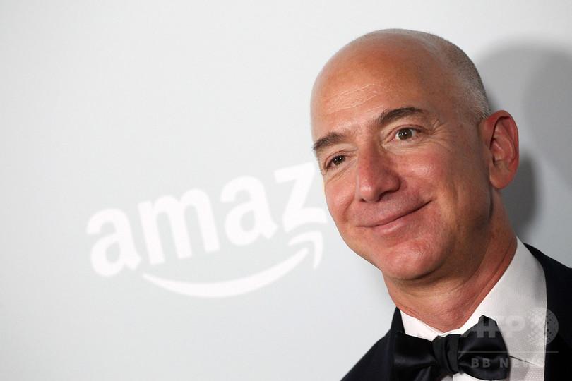 アマゾンのJ・ベゾスCEO、世界一の富豪に 米誌長者番付