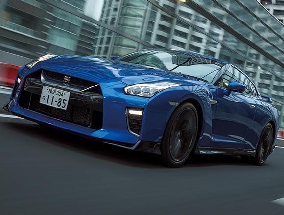 こんなに乗りやすいなんて! 日産GT-Rの最新モデルの乗り心地。