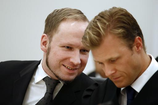 ノルウェー乱射事件のブレイビク被告に禁錮21年、責任能力認める