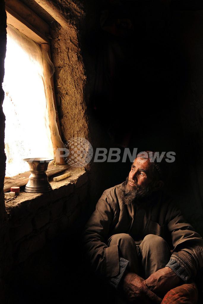 アフガニスタンで30年ぶりの厳しい降雪、1000人以上死亡