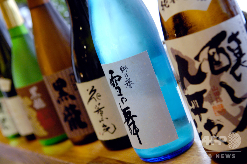 日本酒楽しむ美食家たち、仏で消費量増加 国産品の製造も