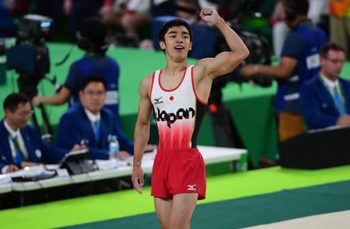白井が男子個人総合で銅メダル、中国勢がワンツー 世界体操
