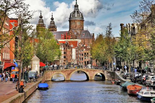 アムステルダム運河400周年、新国王誕生と併せ祝賀ムード