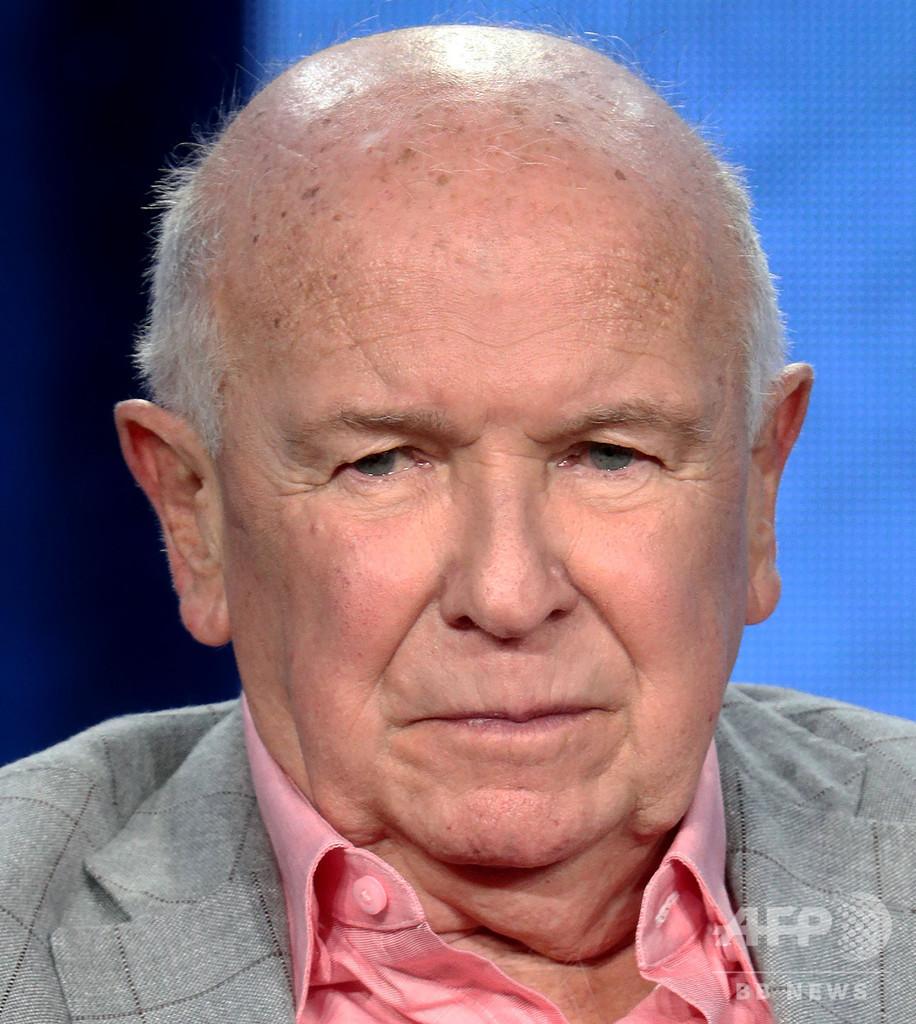 米劇作家マクナリー氏死去、新型コロナの合併症で 81歳