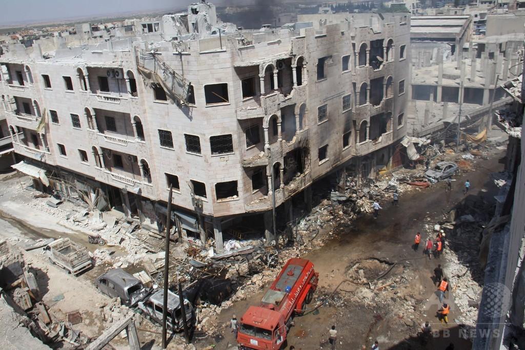 シリア・イドリブの市場空爆、民間人21人死亡