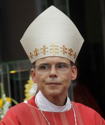 ローマ法王、ドイツの「ぜいたく司教」の辞任を承認
