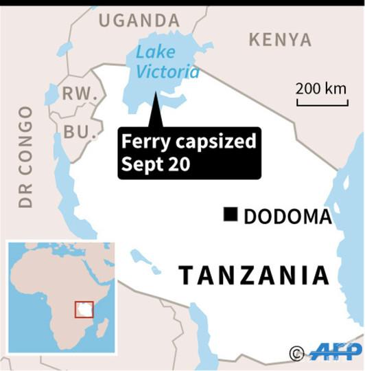 アフリカ・ビクトリア湖でフェリー転覆、79人死亡 捜索活動続く
