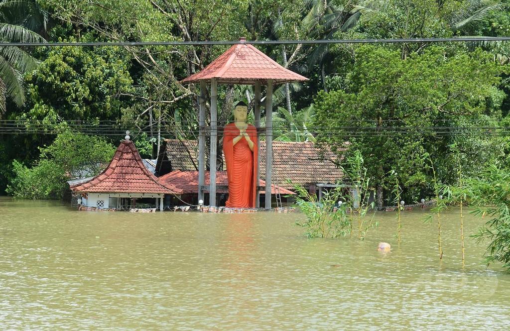 スリランカ、豪雨の影響による死者・不明者216人に 避難者は23万人