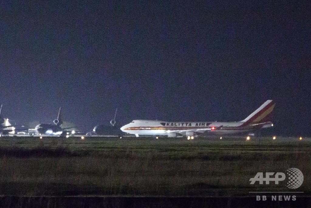 米国へ退避のチャーター機搭乗者、14人が新型ウイルス検査で陽性
