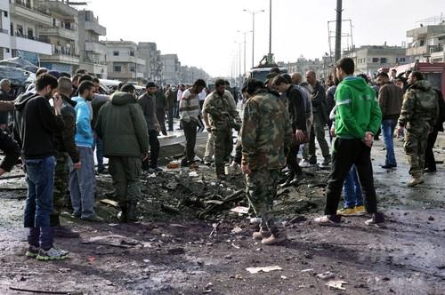 2台の自動車爆弾で少なくとも46人死亡 シリア
