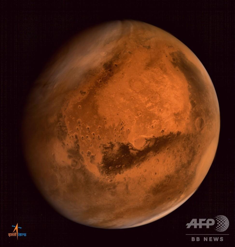 火星に生命維持可能な量の酸素、地下塩水に溶解か