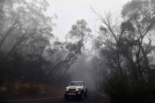 豪東部に雨や雷雨、森林火災が鎮火 一部地域では洪水も