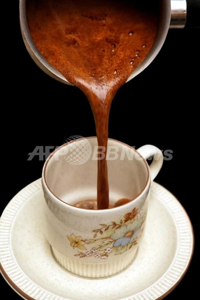 毎日1杯のギリシャコーヒーで寿命が延びる?調査結果