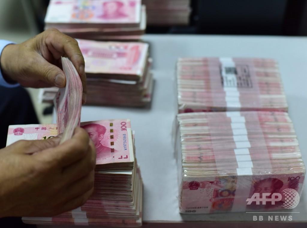 中国人一人当たり預金80万円 可処分所得増えたが残高伸び悩む