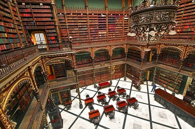 動画:まるで「ハリー・ポッター」の世界、ブラジルの幻想的な図書館