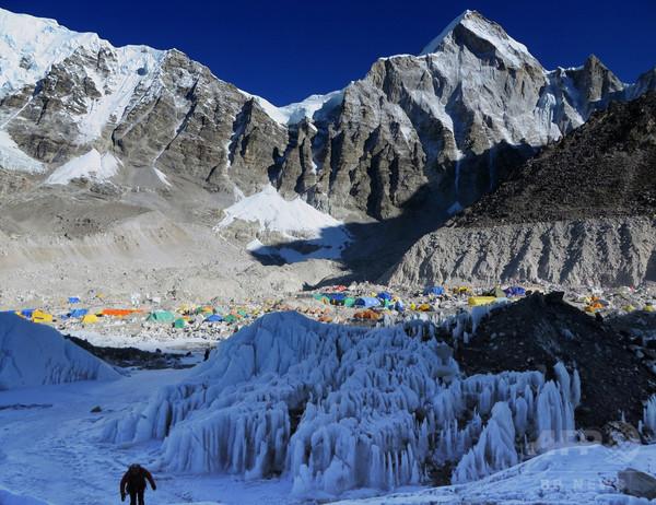 エベレストの登山ルート変更、前年の雪崩事故受け ネパール当局