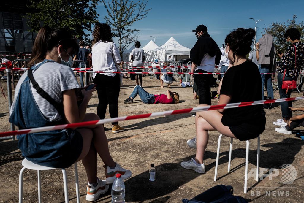 仏コロナ死者数、封鎖解除後で初の悪化