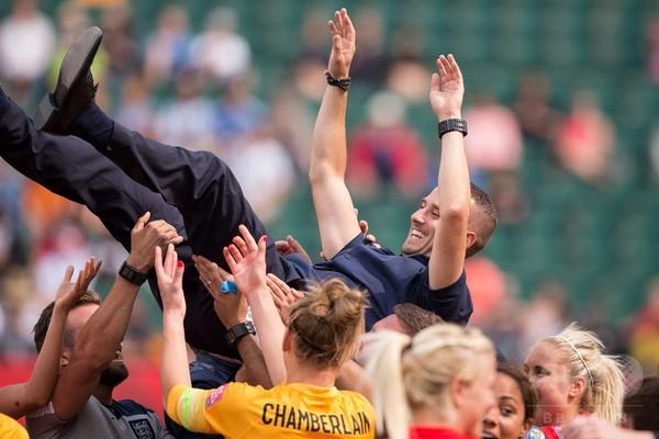 W杯3位のイングランド指揮官、女子サッカーの変革願う