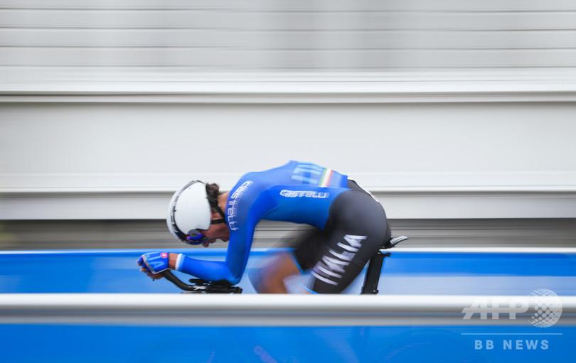伊の18歳有望株、練習中の事故で昏睡状態に 自転車ロードレース