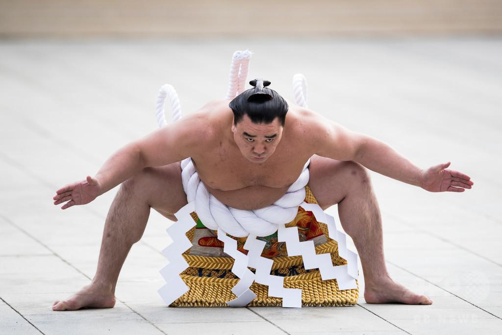 横綱・日馬富士が現役引退、貴ノ岩への暴行事件で