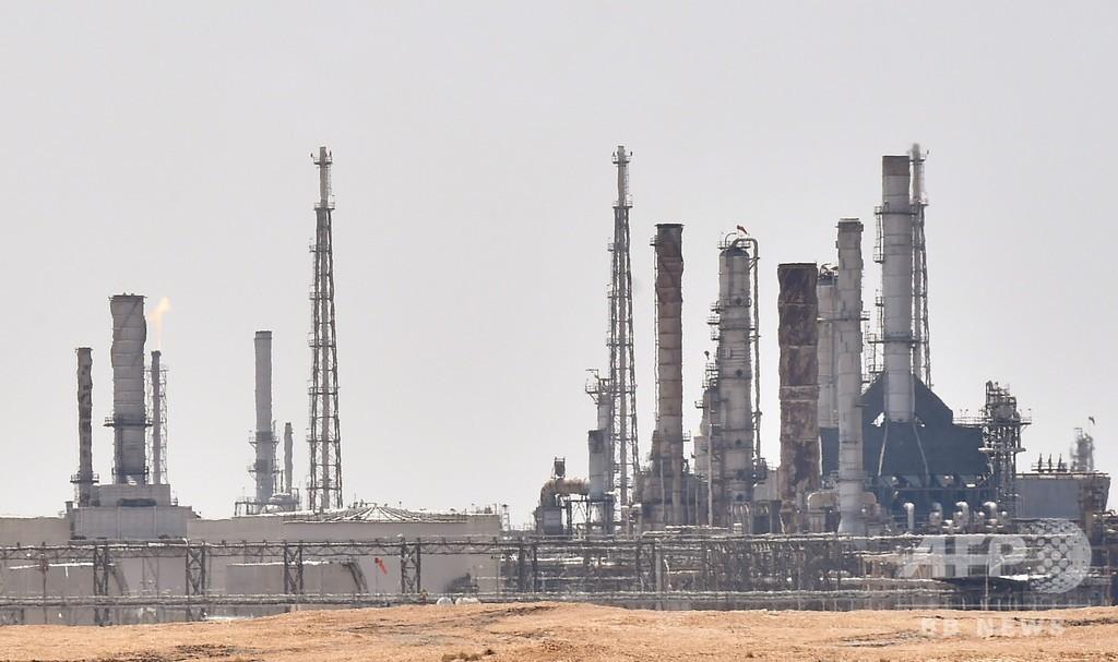 原油価格10%以上の急上昇、サウジの石油施設攻撃で緊張高まる