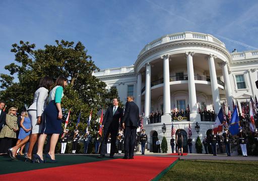 ホワイトハウスで米英首脳会談