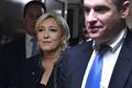 仏大統領選の極右候補ルペン氏、ロシアのプーチン大統領と会見