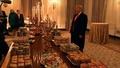 動画:全てトランプ氏のおごり、ホワイトハウスにピザやバーガーずらり