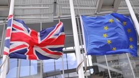 英国、29日にEU離脱手続きを正式に開始へ