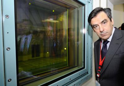 仏首相、六ヶ所村の再処理施設を視察