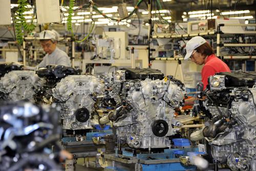自動車業界、木金は一斉休業 夏場の節電対策