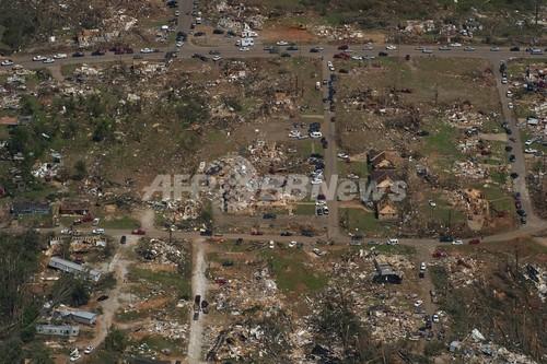 350人死亡の米中南部竜巻、復旧は長期化の見込み