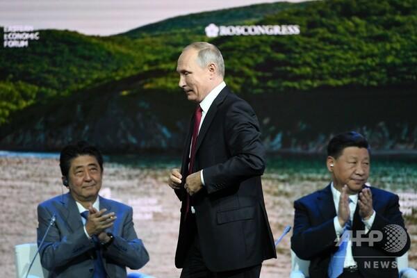 プーチン大統領、日ロ平和条約締結を提案 年末までに「前提条件なし」で