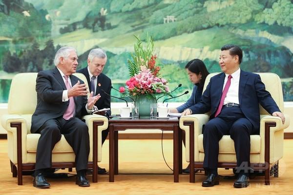 米、「独自のチャンネル」で北朝鮮と直接接触 ティラーソン国務長官