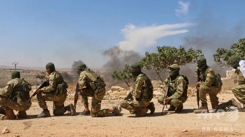 シリア反体制派、イドリブ非武装地帯から重火器撤去開始