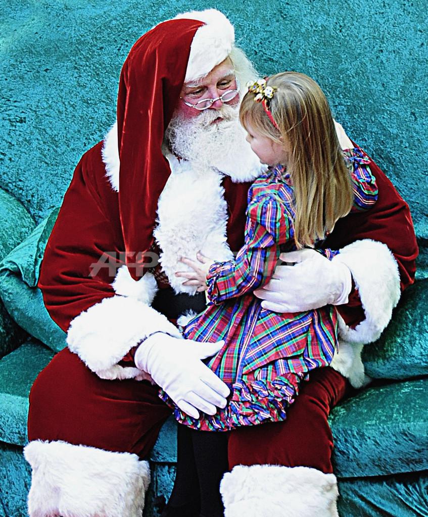 サンタは肥満やスピード違反のお手本?子どもたちに悪影響と医学研究