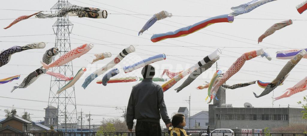こどもの日を祝うこいのぼり350匹、垂井町
